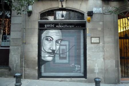 Und an jeder Ecke: Streetart.