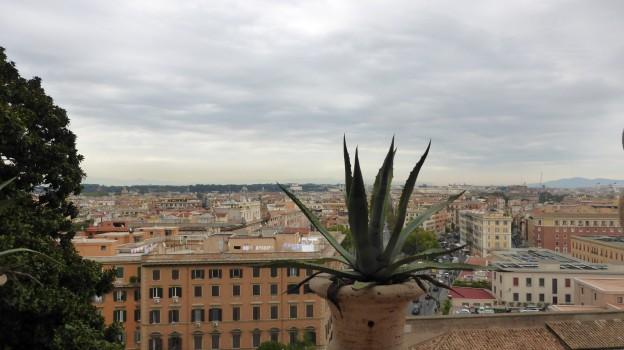 Blick aus dem Apostolischen Palast über Rom.