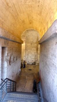 Der Eingang. Hier begrüßte einen Hadrian persönlich, in Gestalt einer sechs Meter hohen Statue.