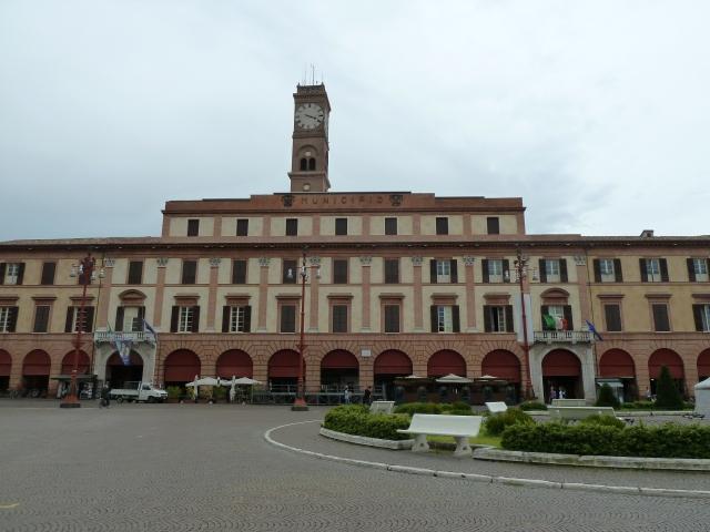 Palazzo Communale in der Realität.