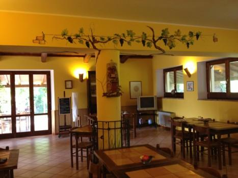 Gastraum der Osteria in auf Piana delle Selve.
