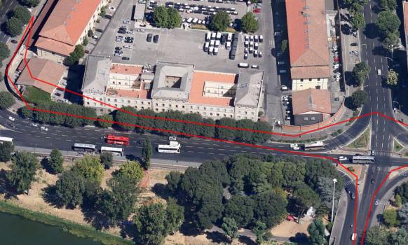 Falls wer fragt: Es ist eine dumme Idee, diese Straße verkehrt rum langzufahren.  Der Tracker hat aufgezeichnet, wo ich über den Fußweg gefahren bin.