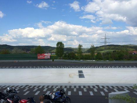 Im Grünen und bei tollem Frühlingswetter: Trainingsplatz in Gründau.