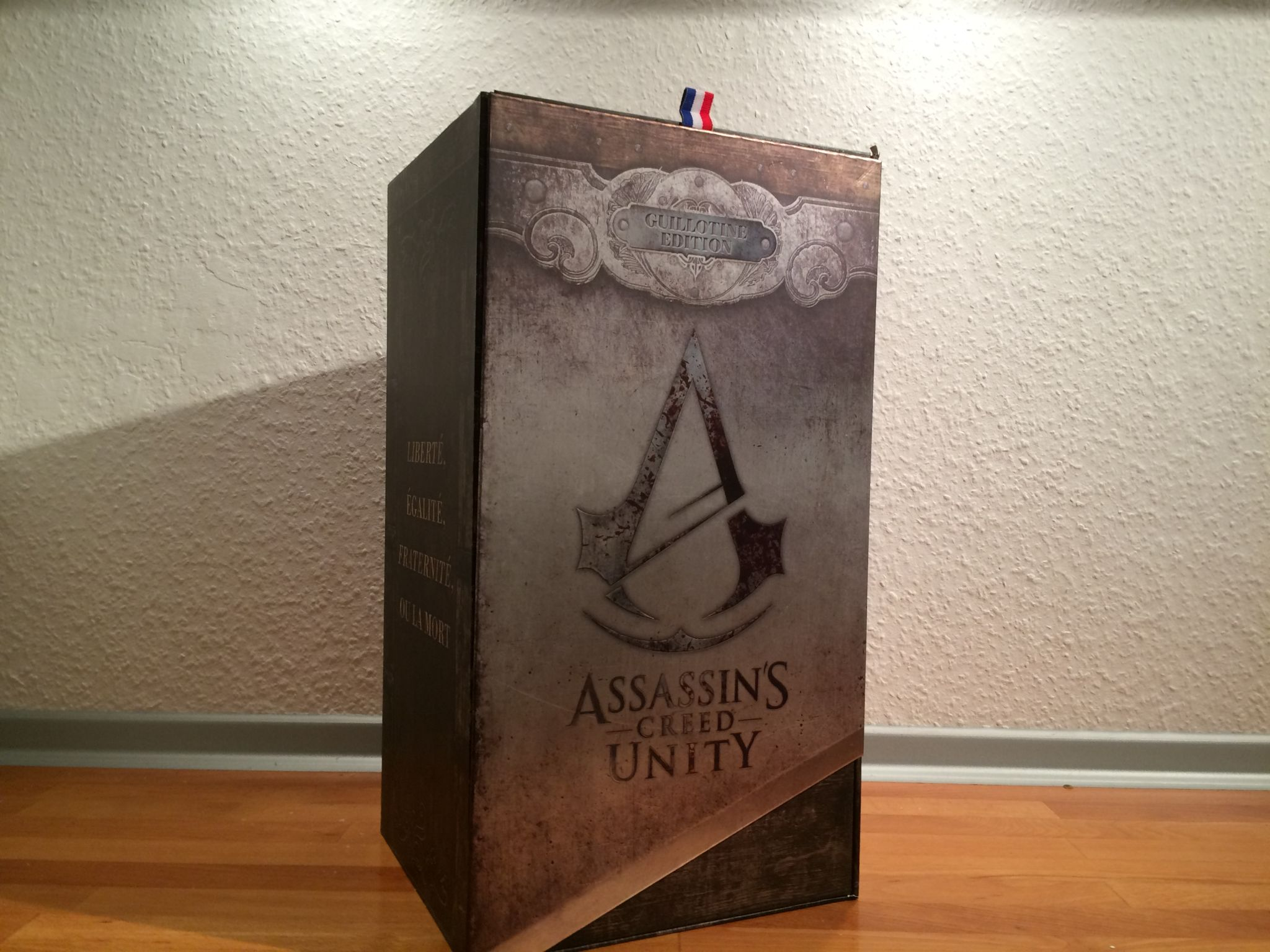 Assassins Creed Unity: Guillotine Collectors Case Edition Unboxing ...