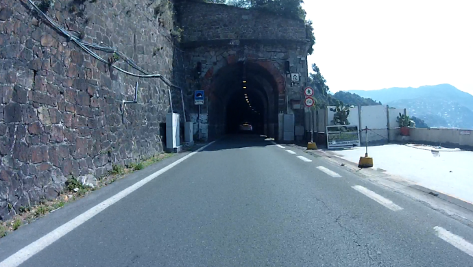 tunnel001b