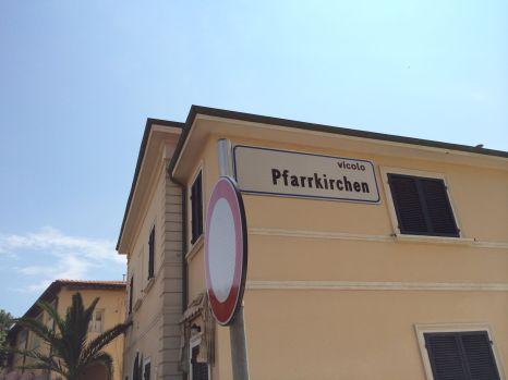 Irritierend: Warum gibt es hier eine Straße mit dem Namen Pfarrkirchen?