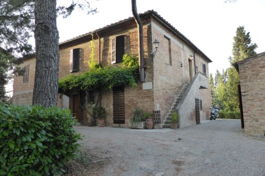 Casa Brescia. Stefano hat eine Hälfte des kleinen Häusschens geerbt und darauf das beste B&B von Siena gemacht.