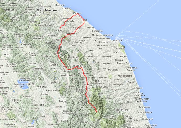 Von Castellucio über Fabbriano und Pesaro nach Urbino, rund 230 Kilometer.