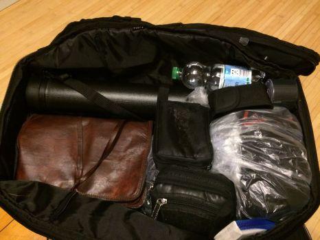 Nicht sooo viel Gepäck. Aber wieder eine Dokumentenrolle. Man weiß ja nie.