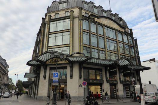 Jugendstilgebäude am Pont Neuf.