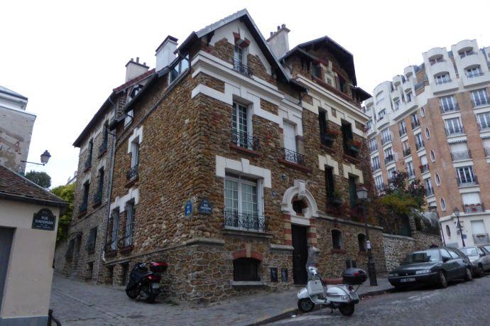 Altes Haus am Montmartre.