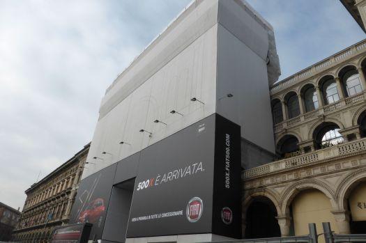 Die Galleria Vittorio Emanuele, das überdachte Nobelflanierdings, wird kurz vor der Expo nochmal gründlich gesäubert.
