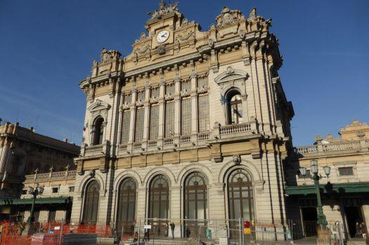 Der Bahnhof Brignole in Genua.