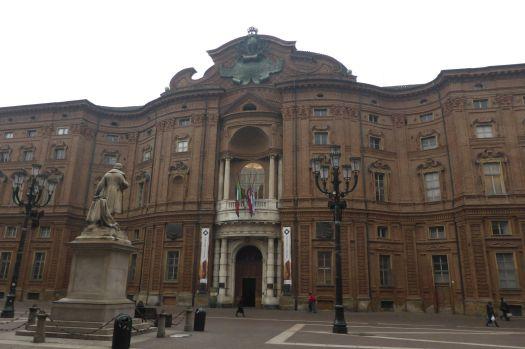 Museo di Risorgimento in einem großen Palazzo.