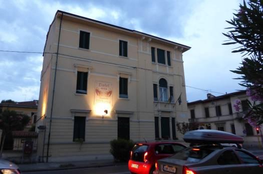 Hotel Athena Soggiorno: Perfekt gelegen, um die Ecke zum Dom.