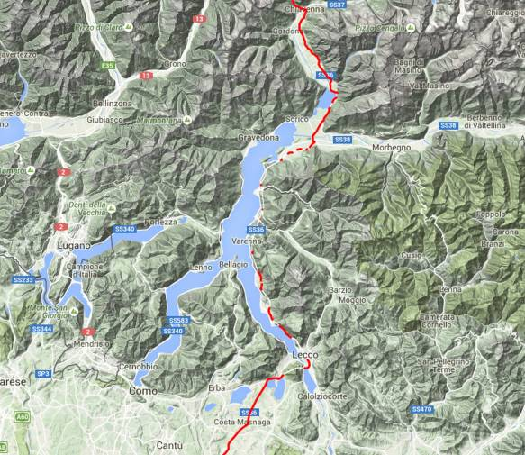Die GPS Linie ist immer wieder unterbrochen und zeigt dadurch sehr gut wie viele Tunnel sich entlang des Sees ziehen.