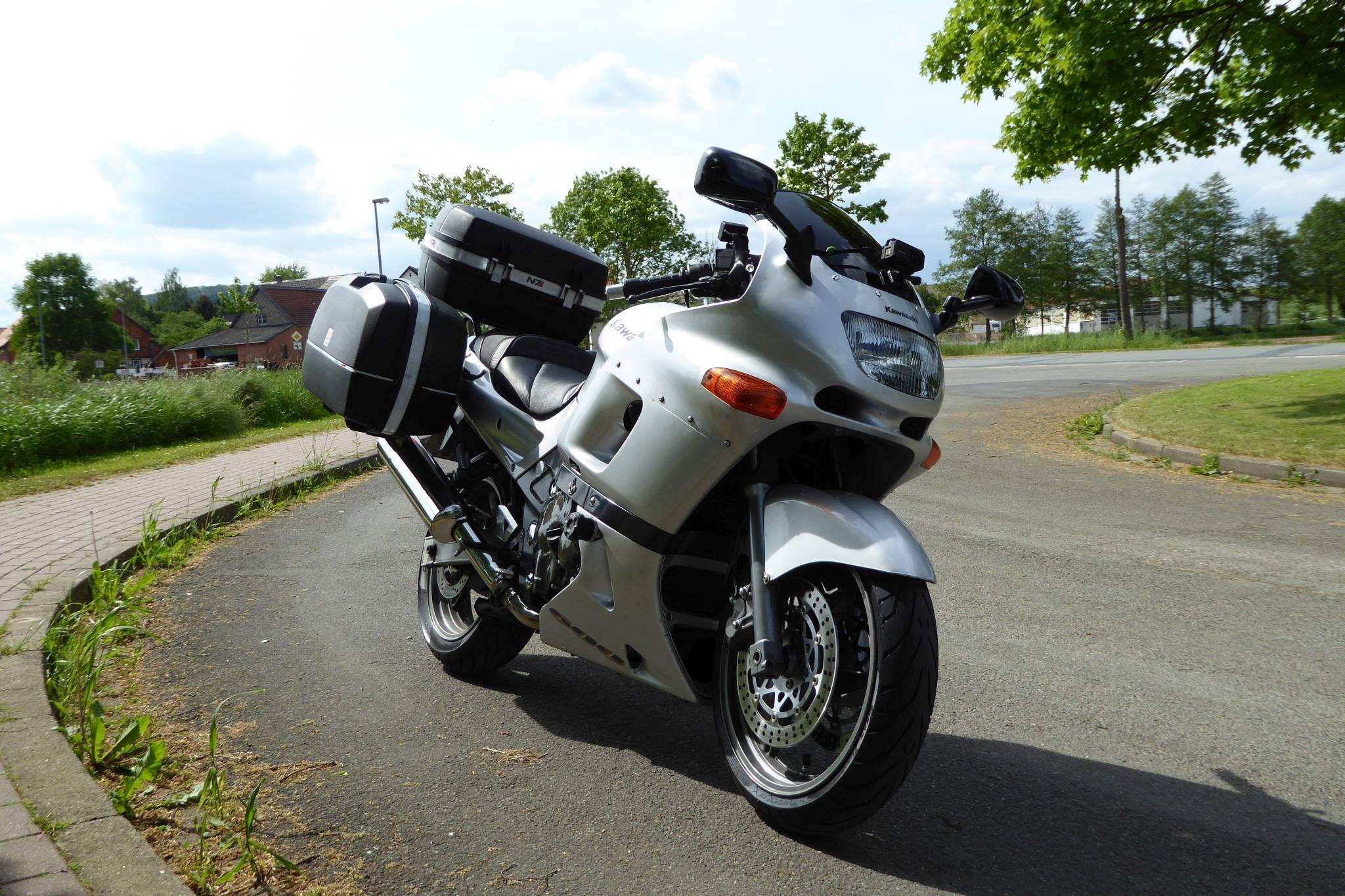 Seit 2012 Bin Ich Nun Mit Dem Motorrad In Europa Unterwegs Gewesen Jedes Jahr Sechs Bis Achttausend Kilometer Und Mehrere Wochen Am Stuck Der ZZR