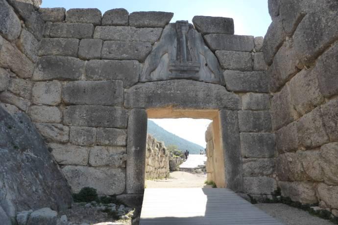 Das Löwentor ist der Eingang zu den Ruinen von Mykene.