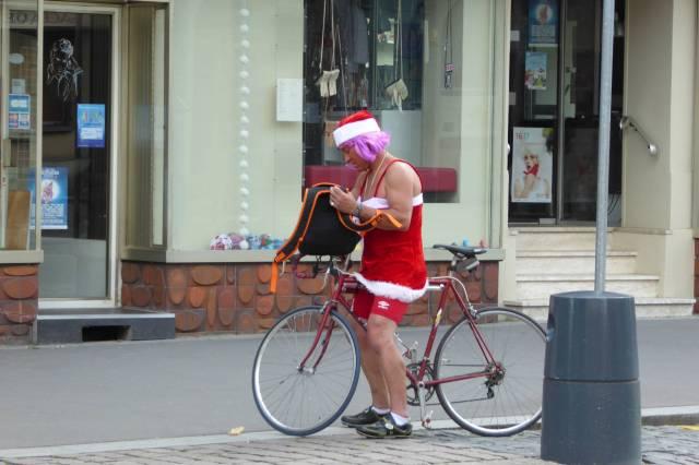 WeihnachtsXs fährt auch Rad.
