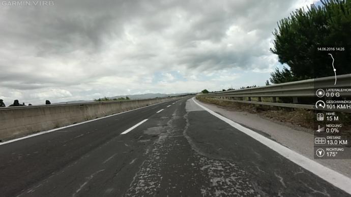 Die Straßen, selbst die Autobahnen, sind  in Umbrien eine Zumutung.