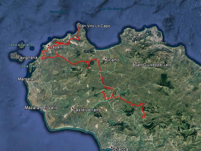 Die Tour des Tages ist etwas wirr: Von Calatafimi nach Segesta, dann Trapani und Erice, nach Norden bis San Vito lo Capo, dann Irrfahrt bis Gibellina Vecchia und dann nach Chiusa Sclafani. Rund 250 Kilometer.